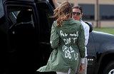 «Мне правда все равно, а вам?» Надпись на куртке Мелании Трамп возмутила СМИ