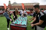 Газон вместо брусчатки. Иностранцы считают Красную площадь лучшим местом для Парка футбола