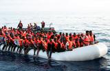 Италия не будет помогать новым беженцам