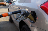 АЗС накажут за недолив бензина?