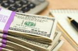 Полторы тысячи долларов в месяц. Как эксперты считали среднюю зарплату в России и Белоруссии?