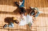 Четвертый — не лишний! Приемные семьи выступили против ужесточения правил усыновления детей