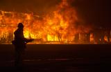 Сгоревший рай: пожар в Калифорнии полностью уничтожил город Парадайc