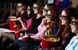 Слишком громко хрустят: попкорн в кинотеатрах предложили запретить