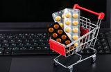 Восемь лет за продажу лекарств в интернете: что ждет родителей больных детей?