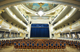 Против перекупщиков: Госдума поддержала законопроект о продаже театральных билетов