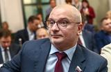 «Это будет тотальная цензура». Кабмин поддержал законопроекты Клишаса — о фейках и оскорблении власти