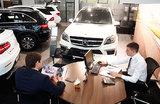 Автодилеры предложили ЦБ ограничить расчеты наличными при покупке машин