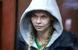 Настю Рыбку и Алекса Лесли освободили из полиции под подписку о невыезде