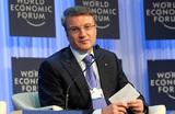 Греф анонсировал отмену комиссии за внутренние переводы