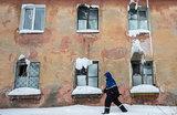 Так жить нельзя: топ-5 регионов с самой большой долей ветхого жилья