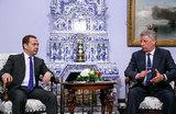 Зачем Медведев встретился с кандидатом в президенты Украины Бойко?