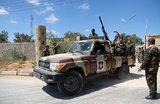 Ливийская национальная армия начала наносить авиаудары по Триполи