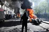 Акция протеста «желтых жилетов» в Париже. Участники акции вышли на манифестации 23-ю субботу подряд.