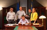 Слуга «Яндекса»: компания купила права на показ сериала с Зеленским