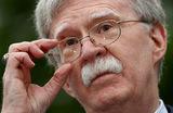 Джон Болтон обвинил Мадуро в покупке влияния России