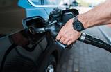 Правительство и нефтяники не будут продлевать договор о заморозке топливных цен