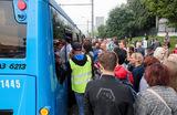 «Месиво людей». Жители юго-запада Москвы ищут обходные пути из-за закрытия метро