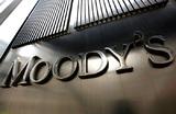 Moody's снизило прогноз роста российского ВВП. С чем это связано?