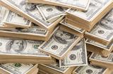 Надо ли избавляться от доллара? Банки в России сократили запасы валюты на треть