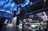 Главный вопрос после выставки во Франкфурте: есть ли будущее у автосалонов?