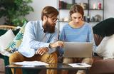 Исследование: мужчины и женщины инвестируют по-разному