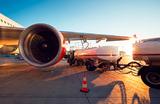 Авиакомпаниям компенсируют рост стоимости топлива