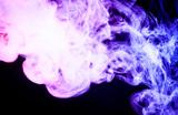 Заболеванию легких, связанному с вейпингом, американские медики дали назвали EVALI