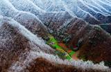 Горы Дабашань в Китае.