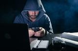 «Проблема кардинальная». Сбербанк зафиксировал около 2,5 млн жалоб на телефонных мошенников