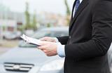 «Зачем еще одна дополнительная бумага?» На автомобили хотят «повесить» этикетки энергоэффективности