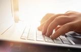 Как не подхватить дезинформацию о коронавирусе в интернете