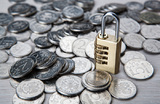 «Антиотмывочный» закон 2.0. В чью пользу будут поправки — банков или клиентов?