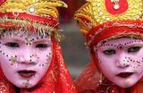 Подготовка к индуистскому фестивалю Махашиваратри, посвященному богу Шиве, в Непале.