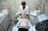 Мэр Москвы разрешил работу организаций сферы красоты при наличии медицинской лицензии