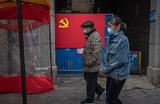 В Китае за сутки — ни одной смерти от коронавируса. Есть ли повод сомневаться?