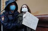 В Москве на Петровке, 38 возобновились задержания участников пикета