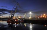 Морской порт в Мурманске может приостановить работу из-за обрушения железнодорожного моста