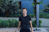 Как предприниматель из России создал платформу, которая одевает Кейт Бланшетт, Райана Гослинга и маму Илона Маска