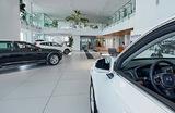 Десятки клиентов «Свид-Мобиль» остались без денег и без машин. Как проверить надежность автодилера?