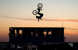 Участник фестиваля экстремальных видов спорта «Extreme Крым» в поселке Оленевка.