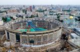 Вид на спорткомплекс «Олимпийский» в Москве. Его реконструкция началась 1 июля 2019 года. Окончание работ запланировано на 2022 год.