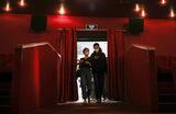 «Развлечения сегодня не на первом месте». Кинотеатры открылись с убытками