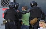 «Эти люди точно знают, что им ничего за это не будет». Задержанные на протестах в Белоруссии — об агрессии силовиков