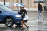 Ливень затопил московские улицы и Третьяковку. Но 1 сентября обещают жару