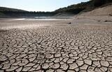 Высохшее из-за засушливой погоды Церковное озеро, которое является одним из источников питьевой воды для жителей Геленджика.
