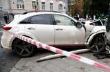 Эльмину Гулиеву, сбившему пешеходов на Остоженке, пока не избрали меру пресечения