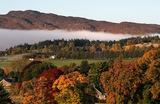 Туман над Питлохри, Шотландия.
