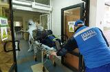 Увольнения врачей, нехватка коек: из регионов приходят тревожные сообщения о коронавирусе