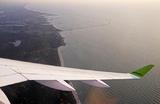 Взлететь и приземлиться там же. Самолет airBaltic совершил первый чартерный рейс по маршруту Рига — Рига